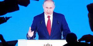 'Der er ikke meget, der tyder på, at Putins forslag skyldes et ønske om mere demokrati i Rusland. Langt mere peger i retning af, at præsidenten med tiltagene konsoliderer sin egen rolle i fremtiden,' skriver Ida Sparre-Ulrich.