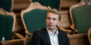 At se Thomas Tog på en sofa i ødegården en tidlig morgen får klummisten til at forstå, hvordan Morten Messerchmidt må have det, når han ser DR.
