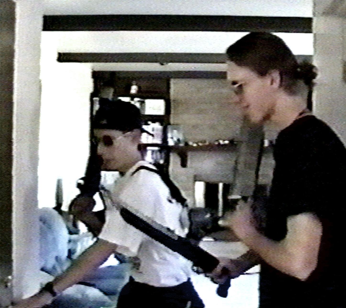 Revisiting The Columbine High School Massacre: 'En Mor Bør Vide'